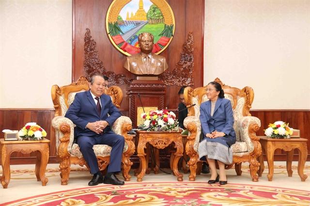Deputy PM Trương Hòa Bình visits Laos